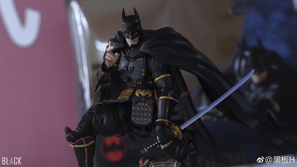Batman - Page 16 BHYVbRlG_o