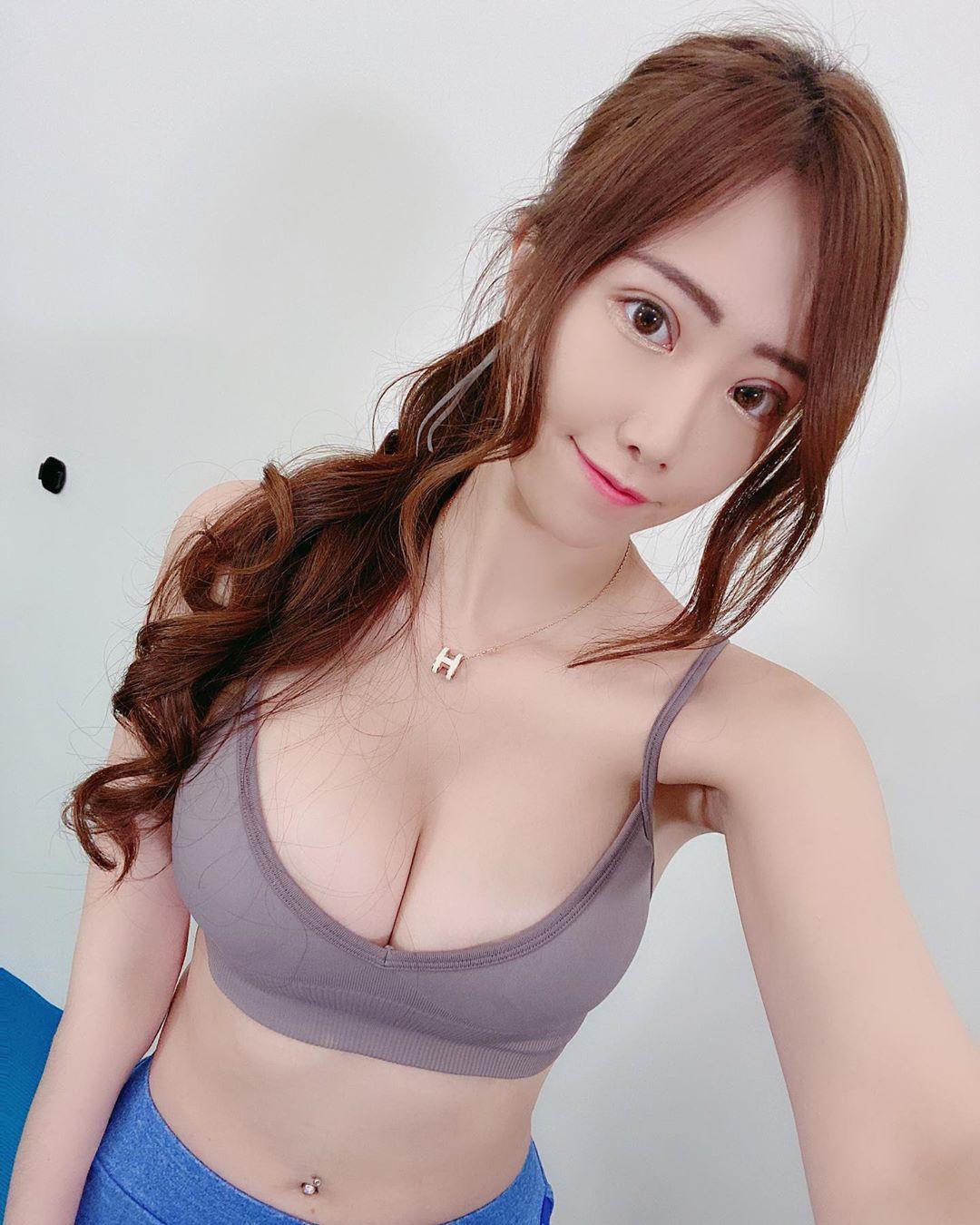 KBRcz7gy o - IG正妹—Micky 吳芸帆