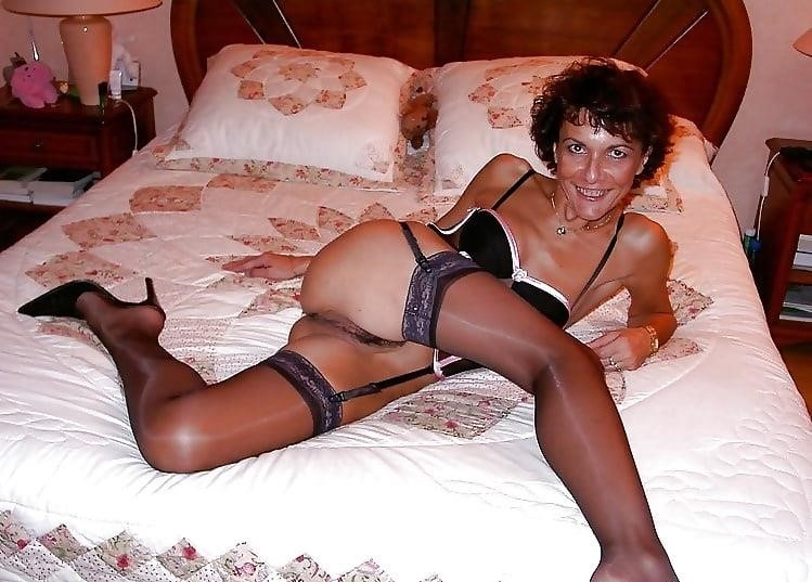 Naked mature women in stockings-8909
