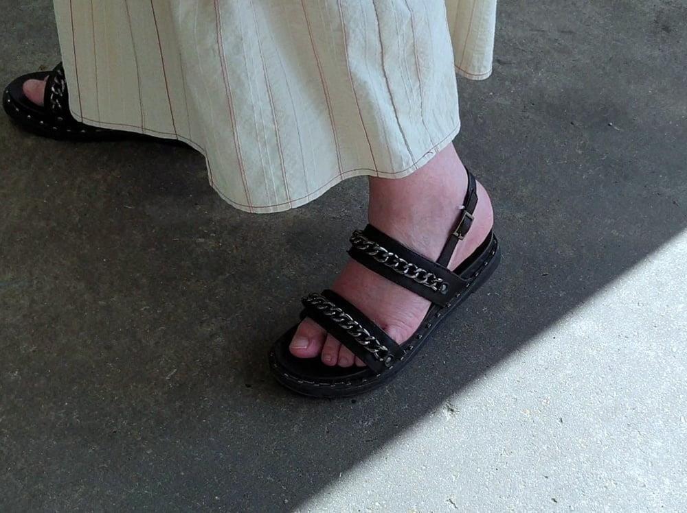 Mature feet pics-2978