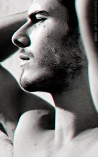 Lucas Bernardini 47Xno3sm_o
