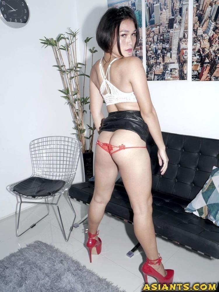 Ladyboy with girl porn-8122