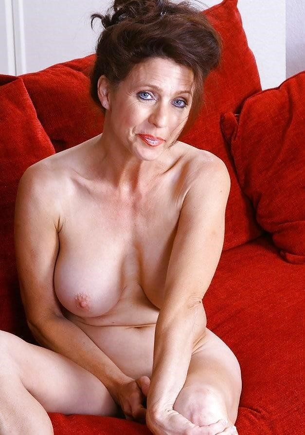 Beautiful naked mature men-4940