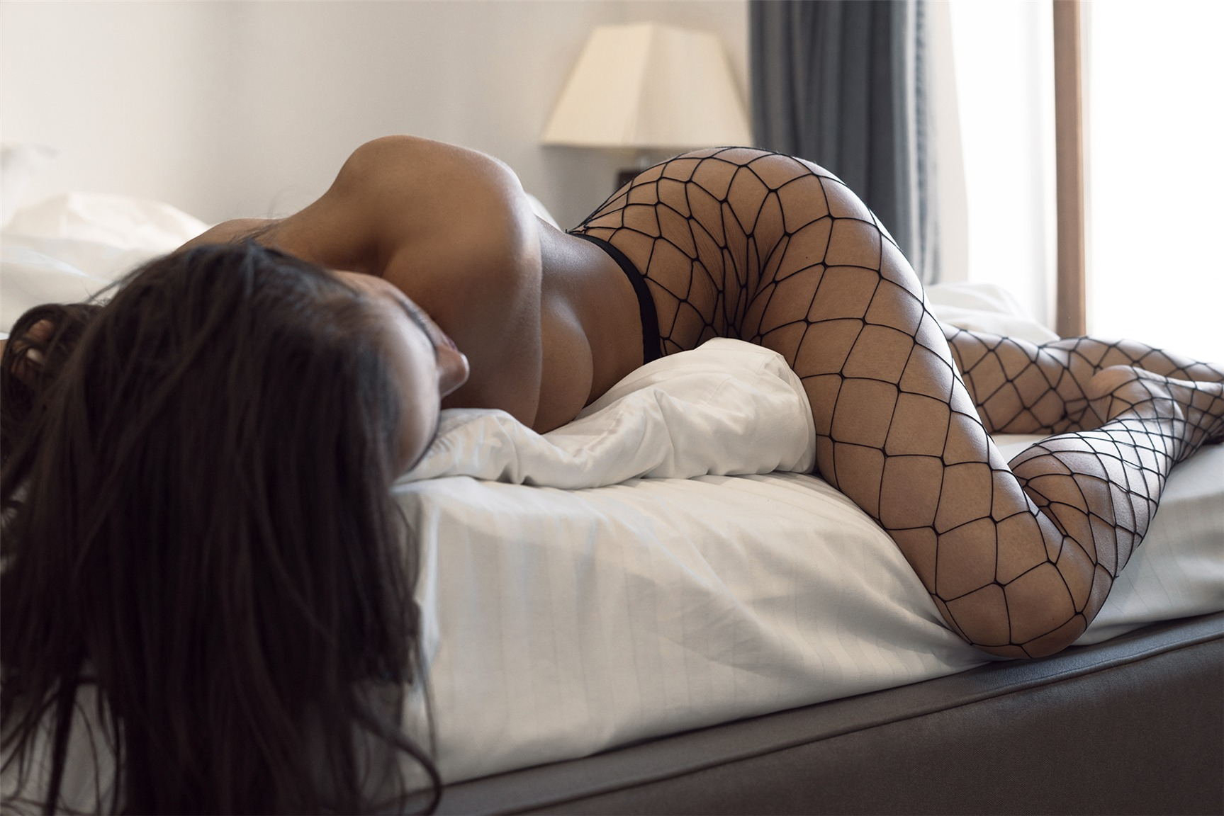 Дебютная эротическая фотосъемка Натали Бонд / Natali Bond naked by Arthur Kaplun