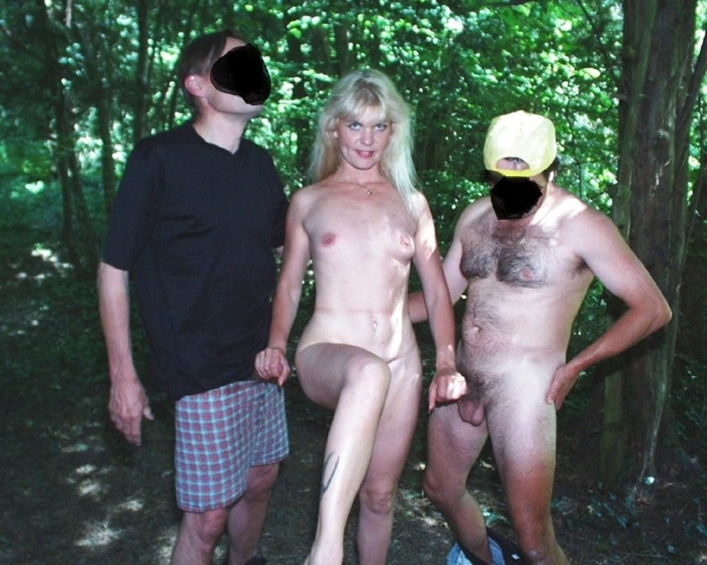 Outdoor threesome sex-3249