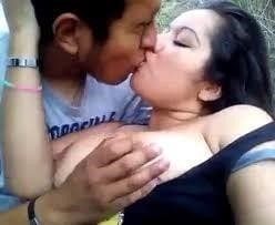 Desi kissing girl-3523