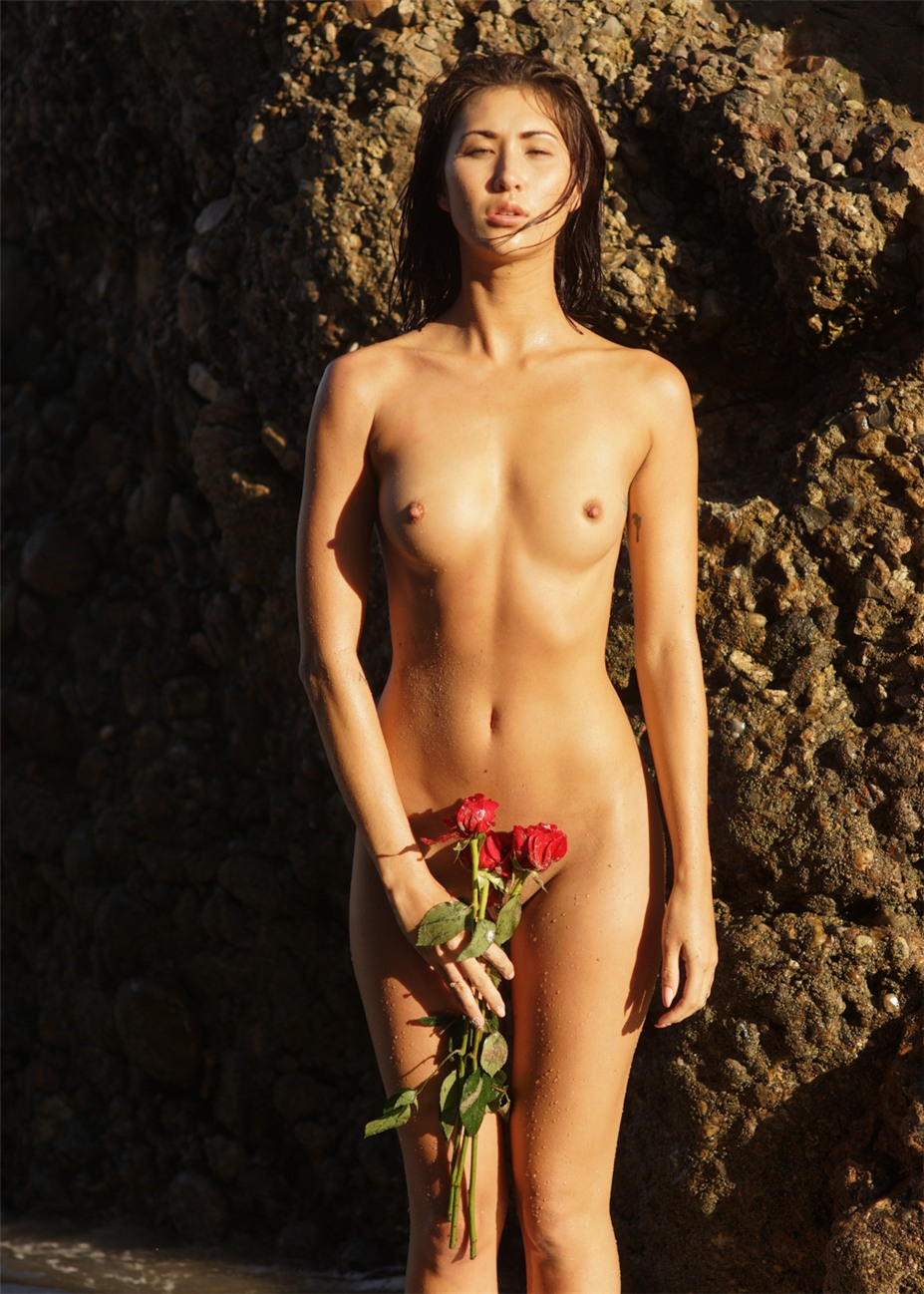 Kiss for a Rose / Shei Phan nude by Kenn Perry