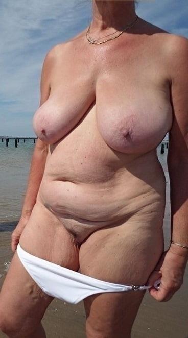 Natural tits nipples-3539