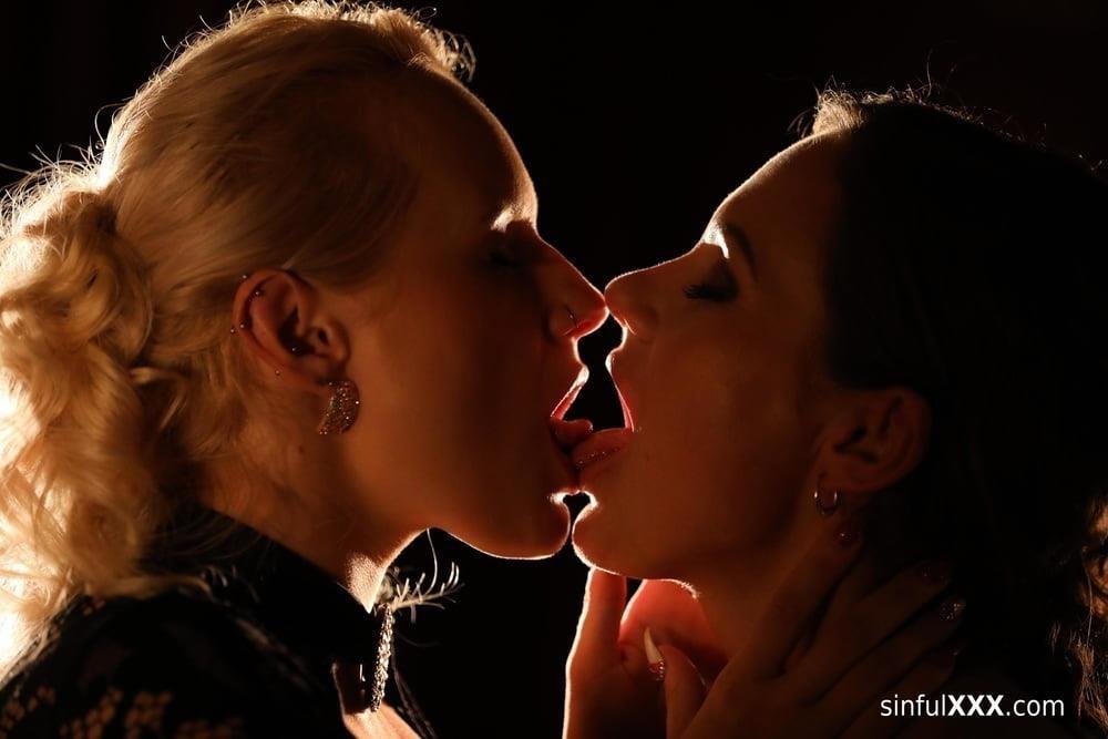 Hot passionate threesome-9256