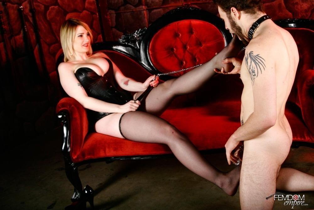 Foot worship licking-9071
