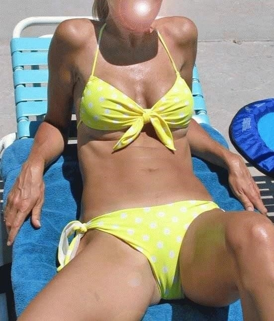 Mature amateur bikini pics-9821