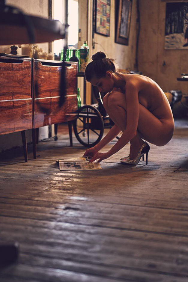 Однажды в Риге - обнаженная Анна Райс, фотограф Симон Болц / фото 07