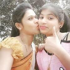 Desi kissing girl-7854