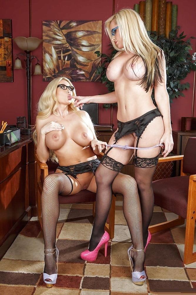 Lesbian ladies pics-3051