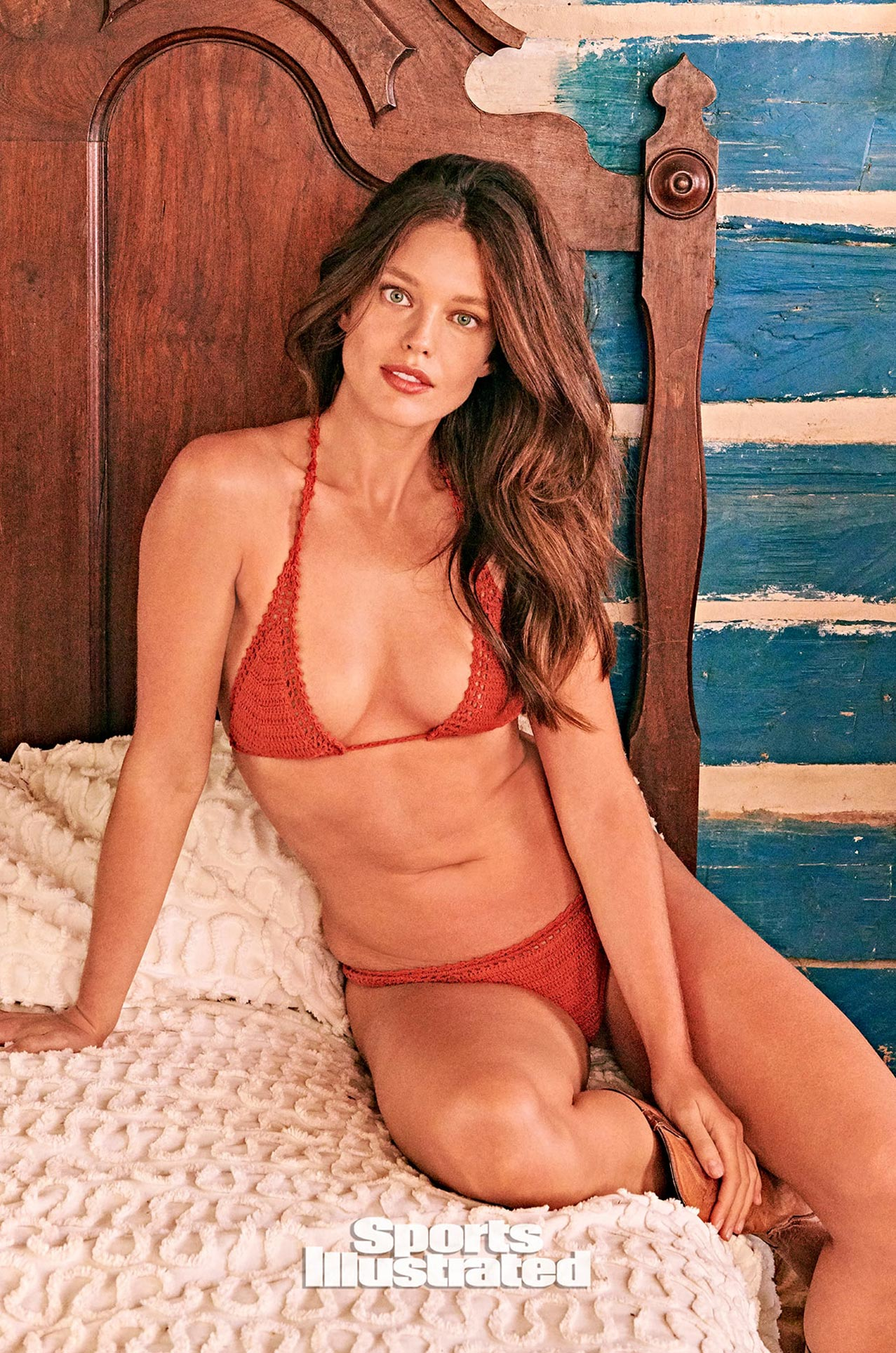 Эмили ДиДонато в каталоге купальников Sports Illustrated Swimsuit 2020 / фото 15
