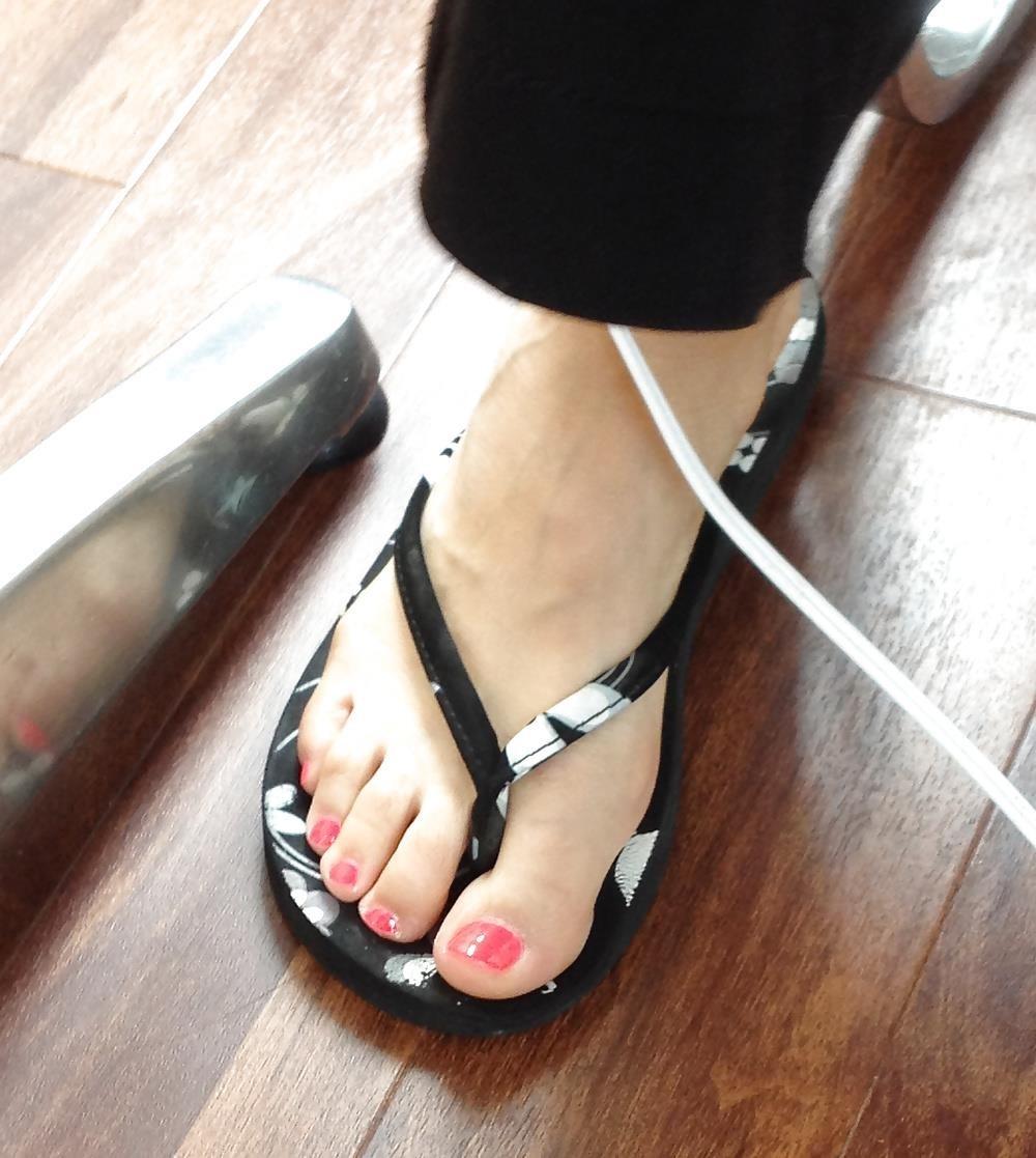 Long toes foot fetish-7502
