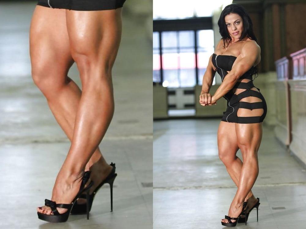 Bodybuilder female clit-7261