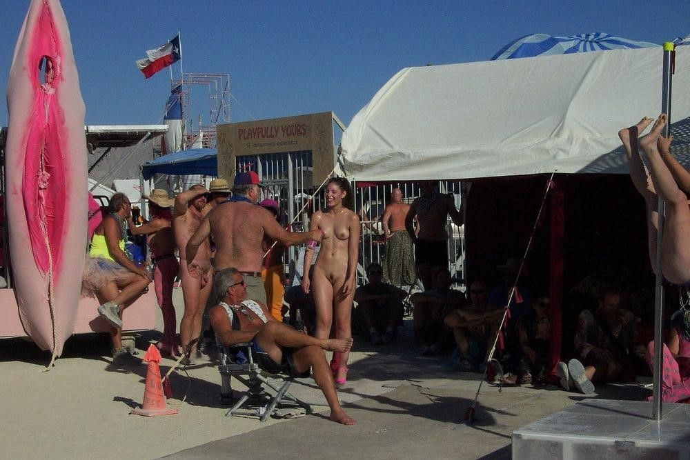 Nude hairy beach pics-4970