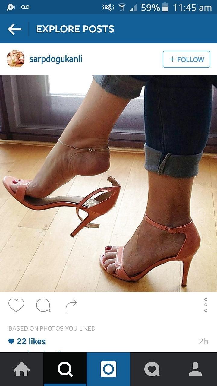 Sexy feet woman-3851