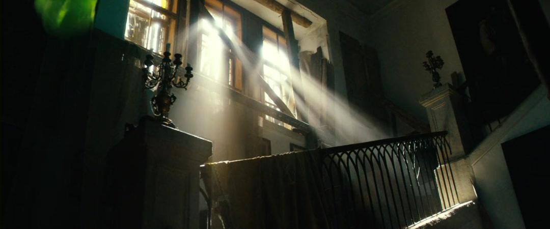 Ghosthunters - On Icy Trails (2015) 720p BluRay x264 ESubs [Dual Audio][Hindi+English]