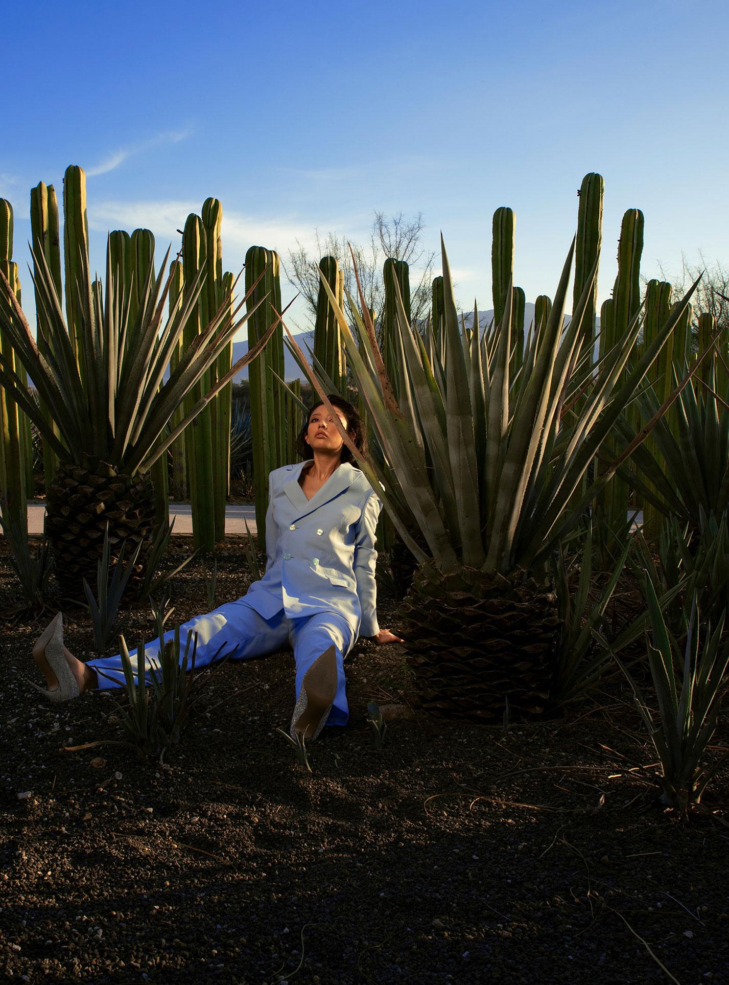 Три грации в рекламной кампании модной одежды Edher Gin, сезон весна-лето 2020 / фото 07