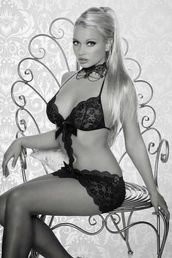 Black and White Erotica Hot Fashion Photo Best Naked Girls Pics Free Porno Galleries in High Quality Thong Bikini Models Stylish Amateur Teen