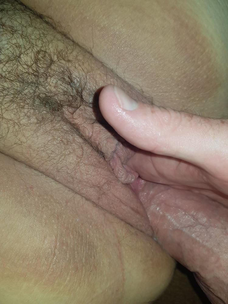 Moms hairy clit-9865