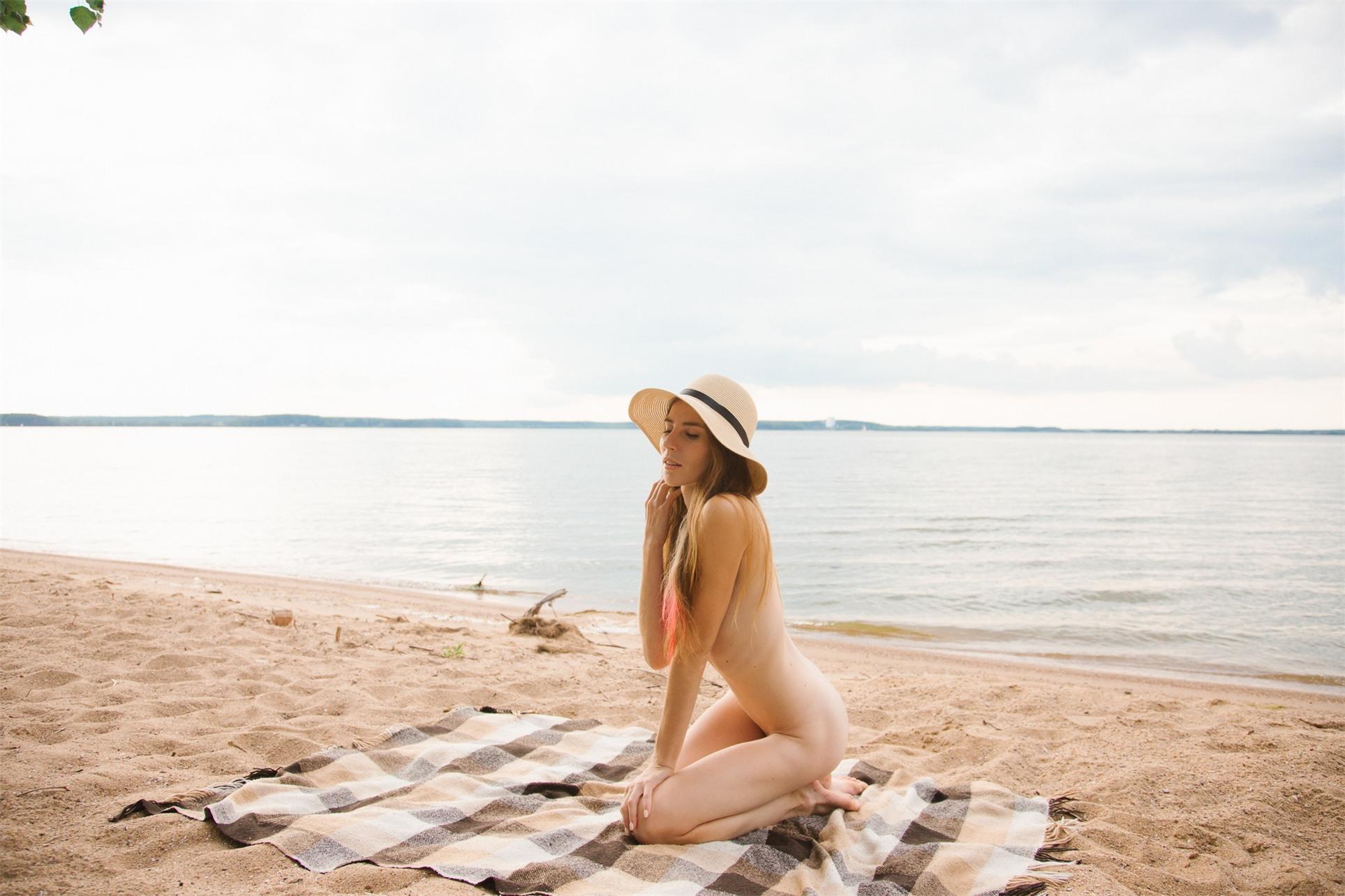Беззаботное лето с Тесой Райт / Tisa Right by Sergey Abrikosov