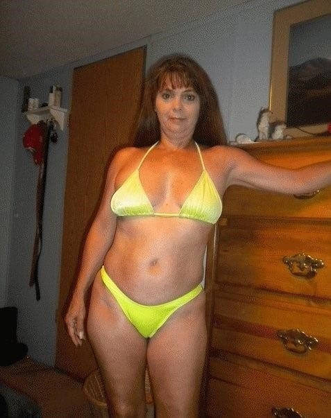 Mature amateur bikini pics-8365