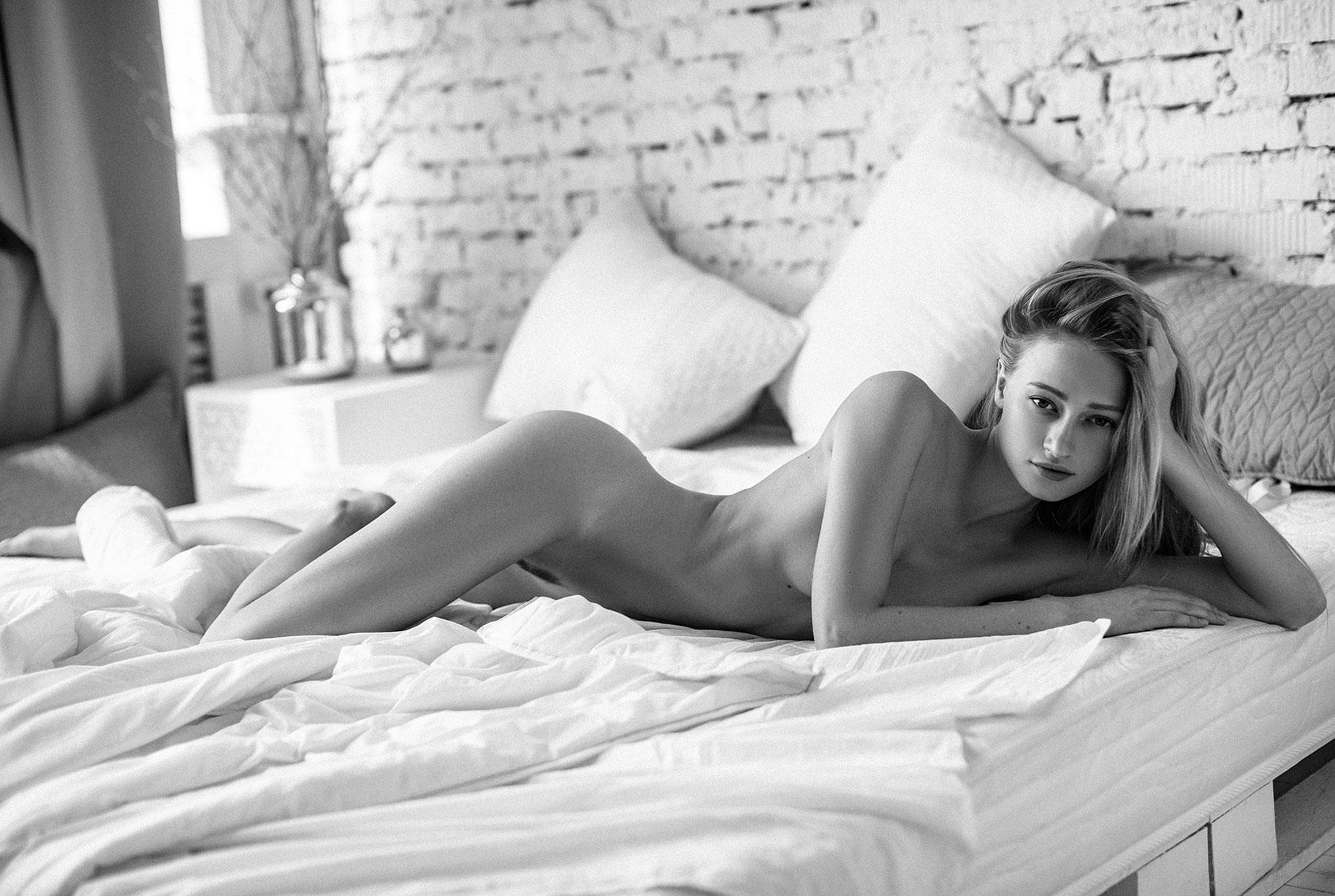 Елизавета Чигвинцева, фотограф Алексей Трифонов / Elizaveta Chigvintseva nude by Alexey Trifonov