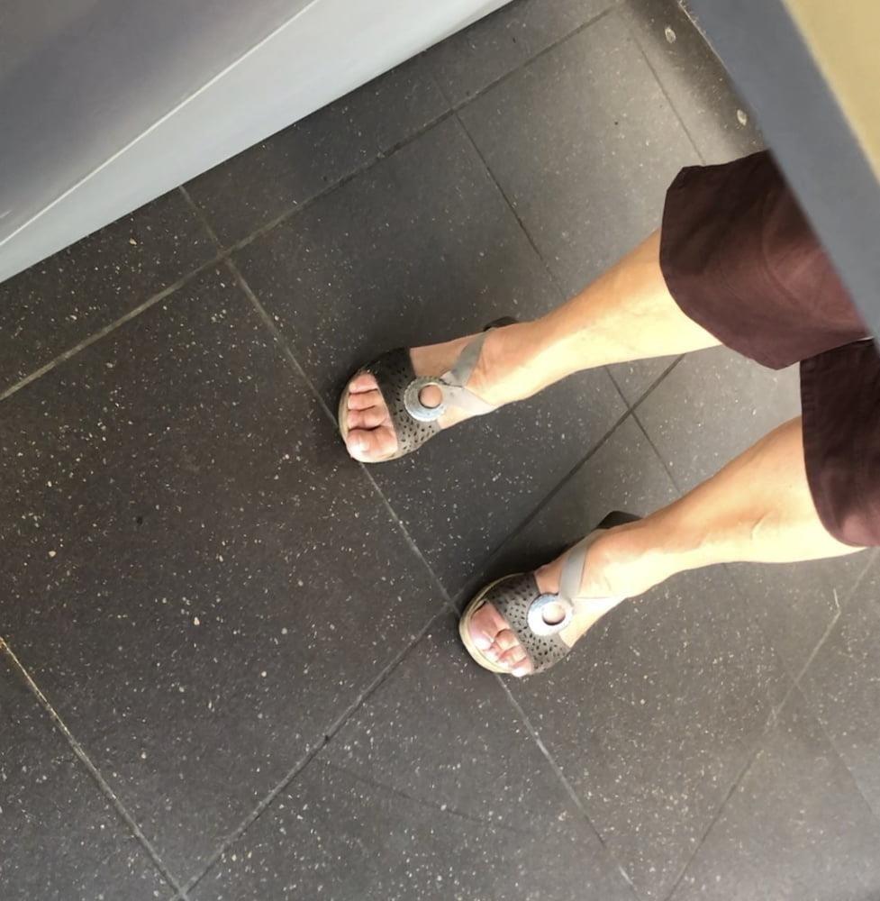 Granny feet in nylons-6927
