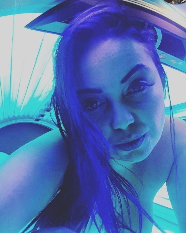 Nude tanning bed selfies-2914