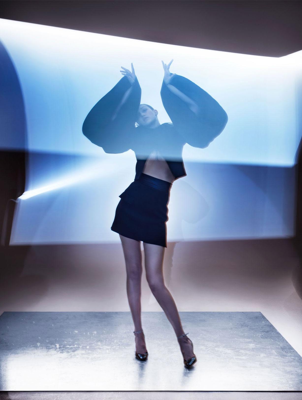 Светящаяся Джиджи Хадид в журнале Vogue Гонконг, март 2019 / фото 04