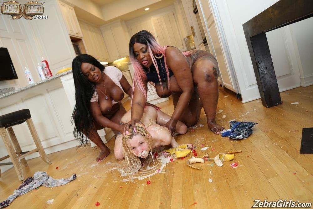 Messy bob black girl-9606