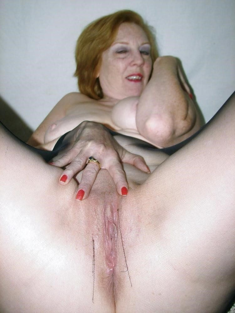 Ginger granny anal-5168