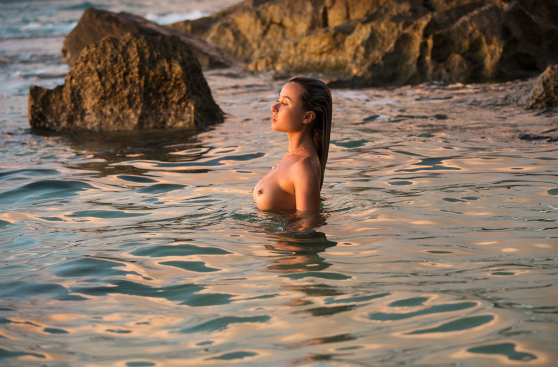 Women usa pirate s cove beach nude