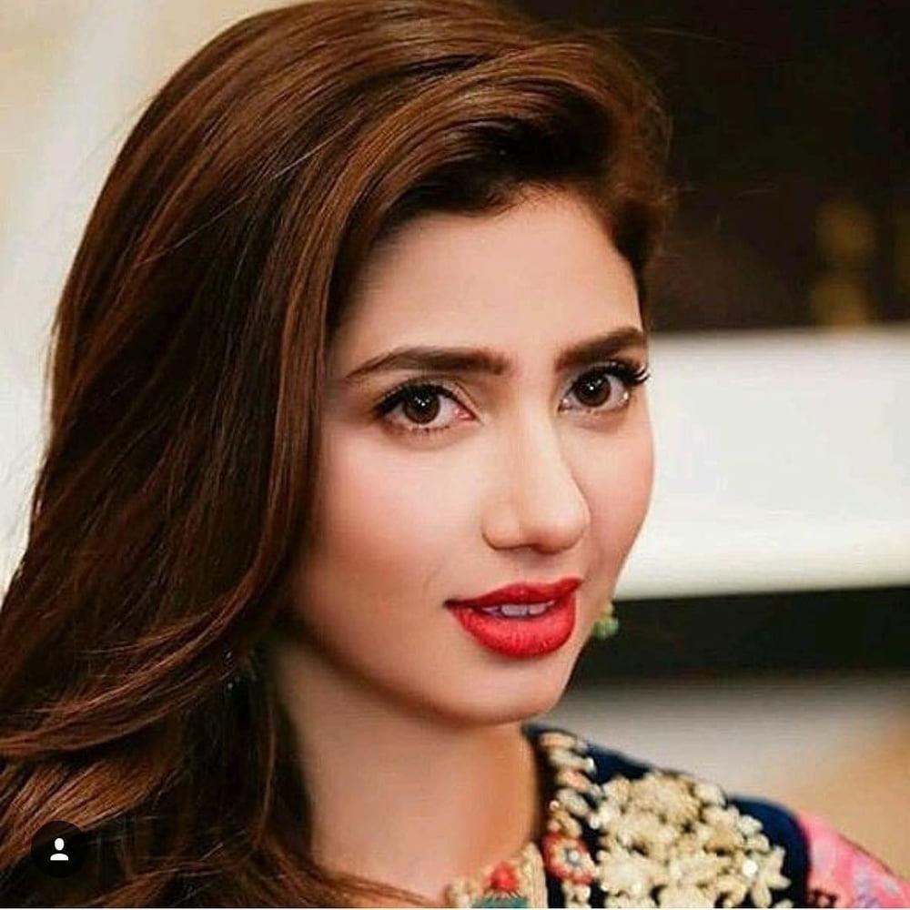 Mahira khan sexy photos-5487
