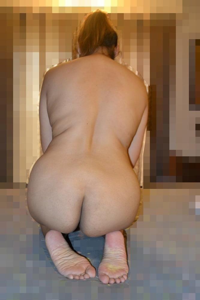 Naked lady selfie-6483