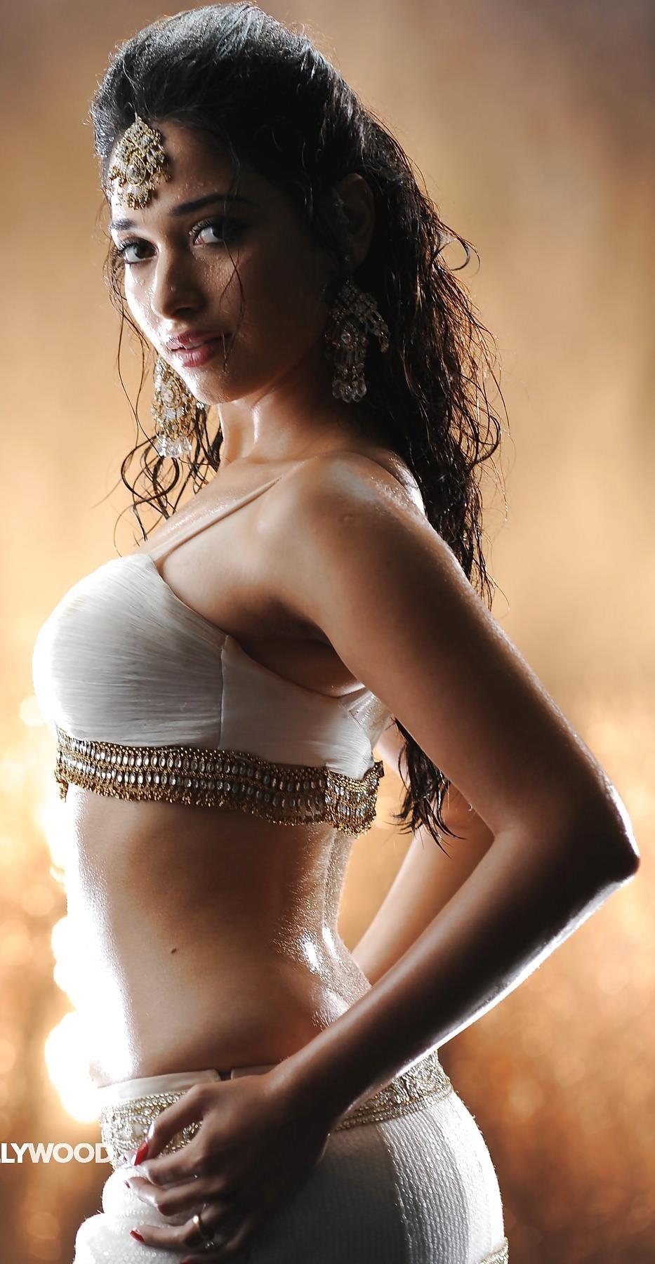 Bollywood actress big boobs photos-9955