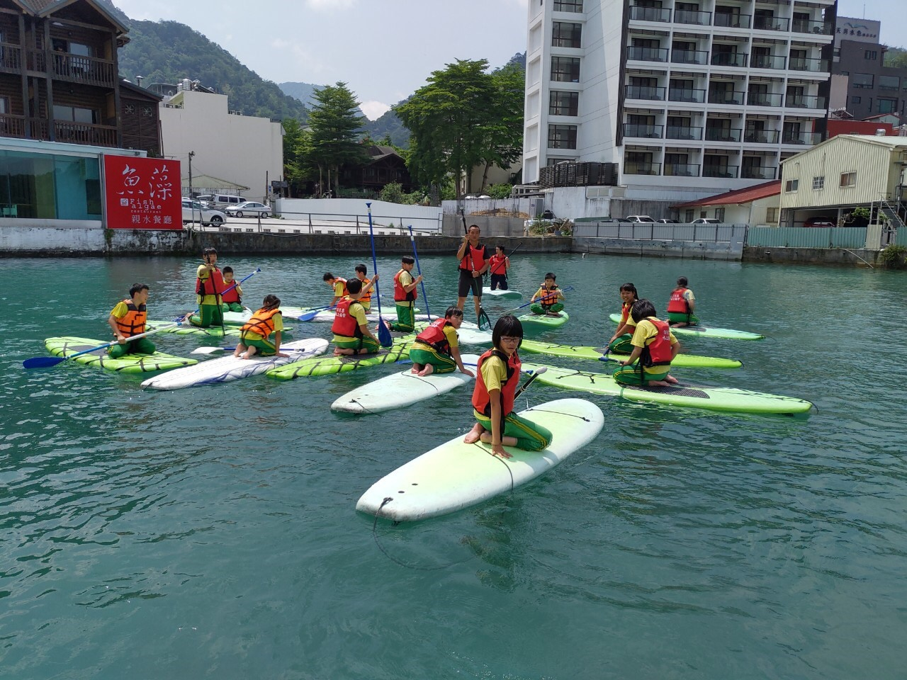 水上活動校外教學立式划槳SUP體驗