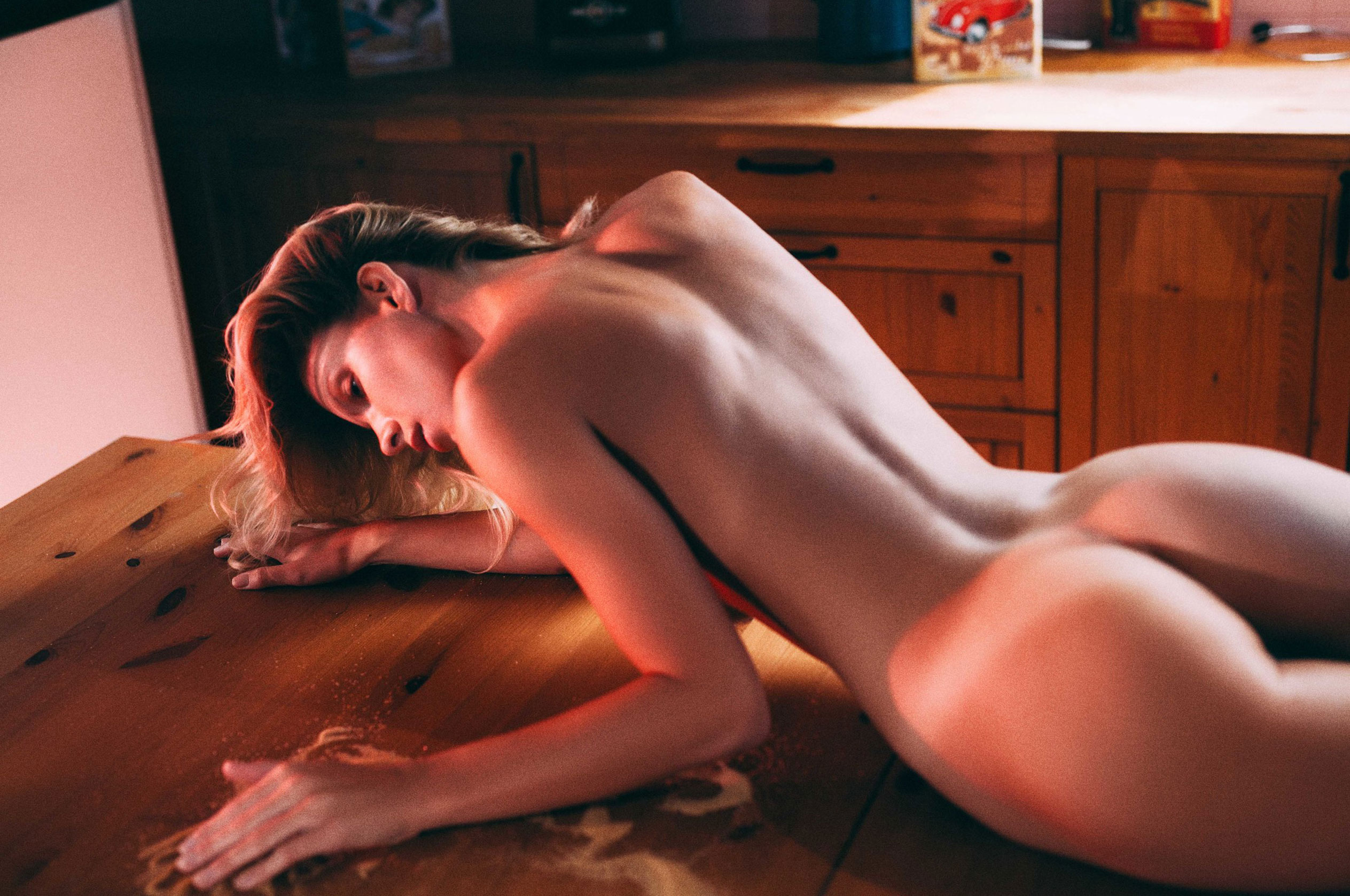 Испытания природой с Анжелой Ольшевской / Angela Olszewska by Szymon Paszko - Pull Me, Push Me and Take Me to the Promised Land / Rekt Magazine