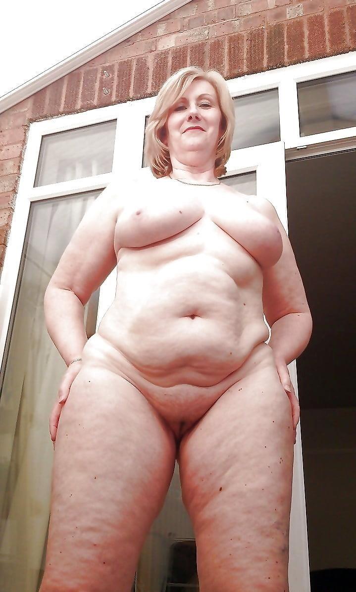 Beautiful naked mature men-9097