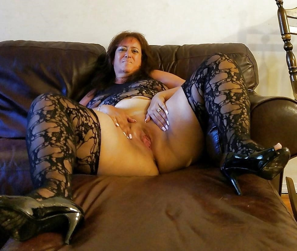 Hairy latina milf pics-5227