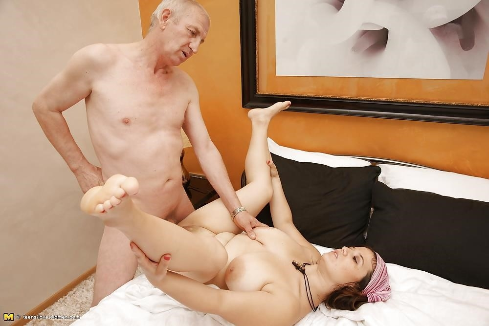 Porn girl and old man-2499