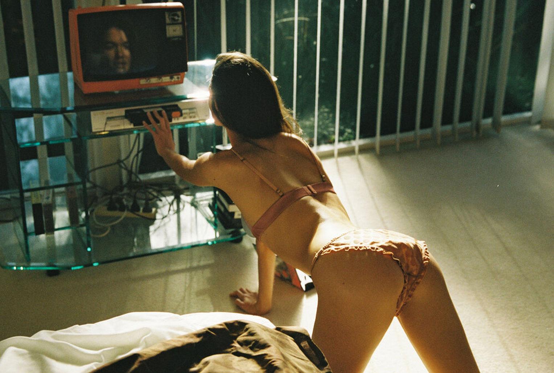 Софья Рейнал в купальниках и нижнем белье Love Stories Intimates, лето 2020 / фото 10
