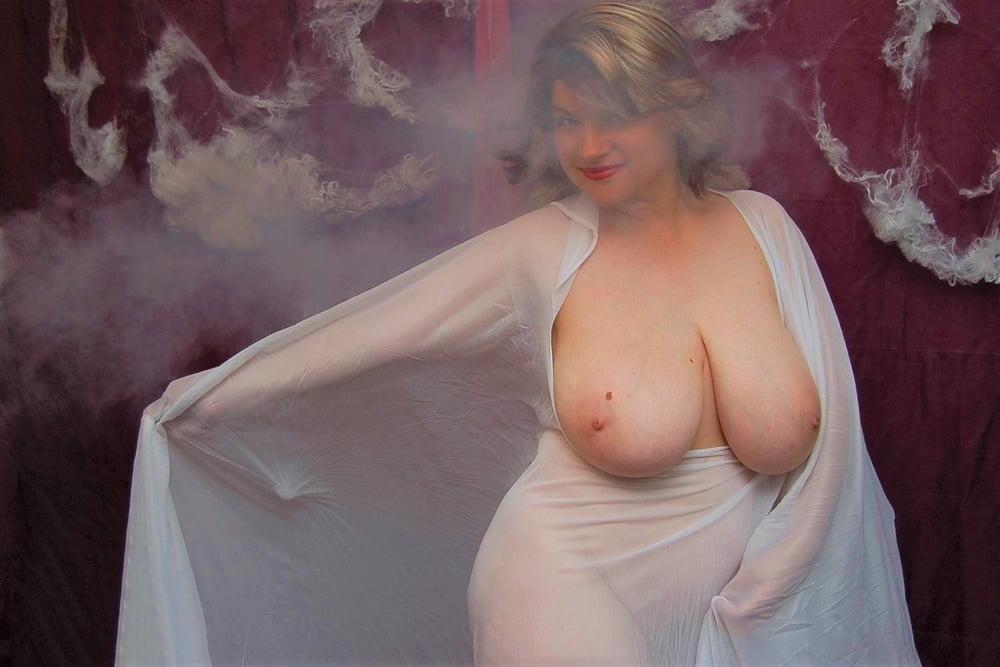 Big tit mature naked-7092
