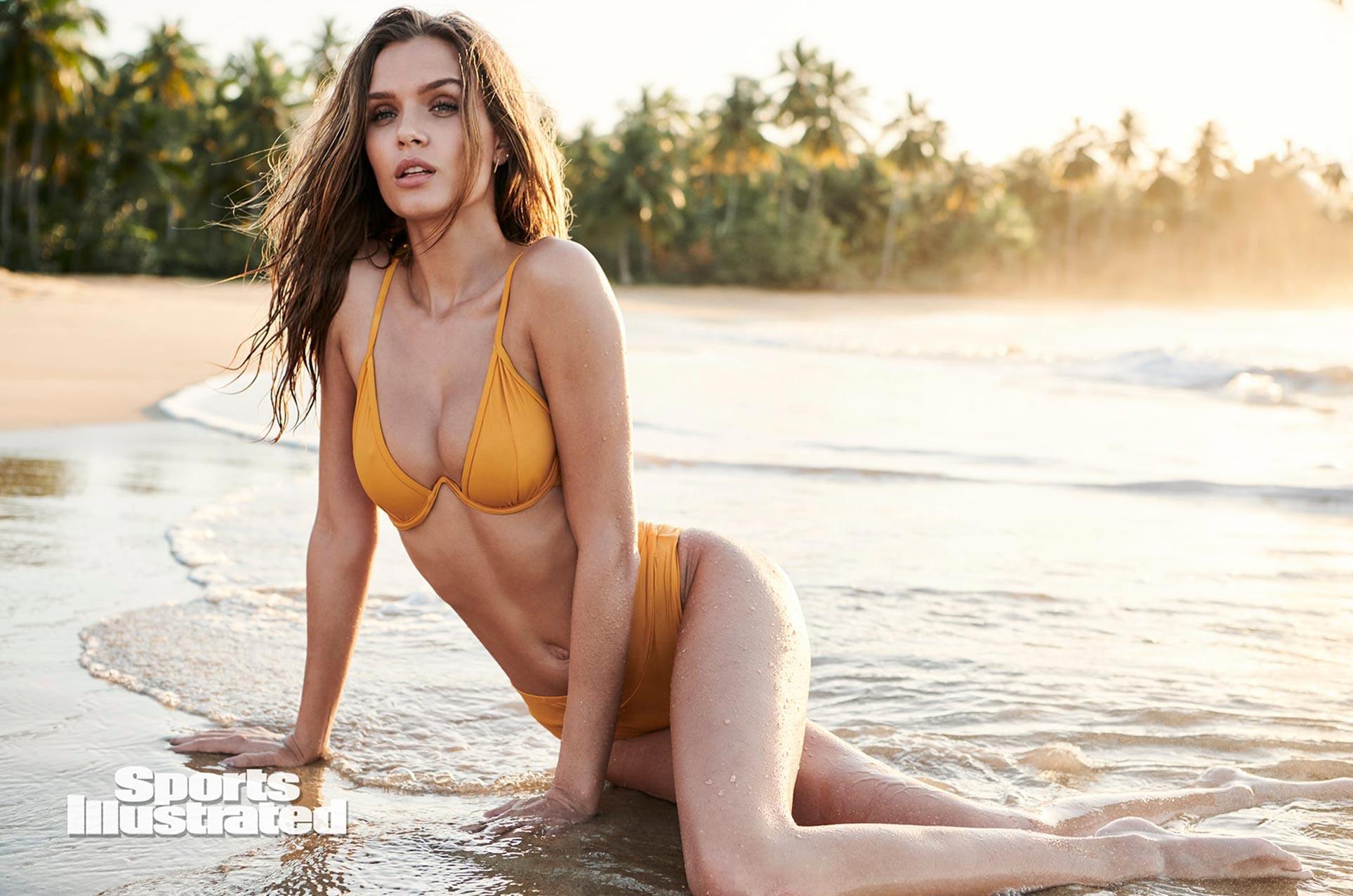 Жозефин Скривер в каталоге купальников Sports Illustrated Swimsuit 2020 / фото 22