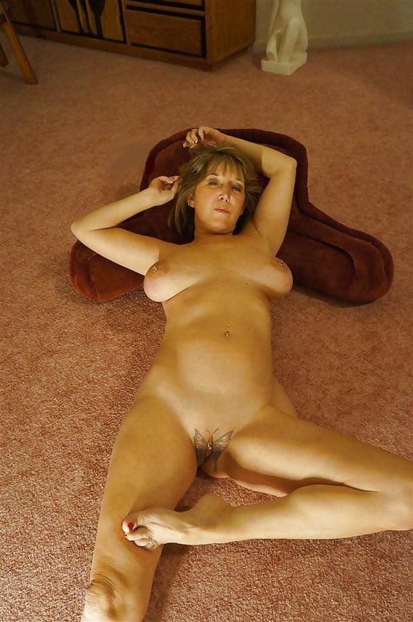 Gorgeous milf with big tits-5293
