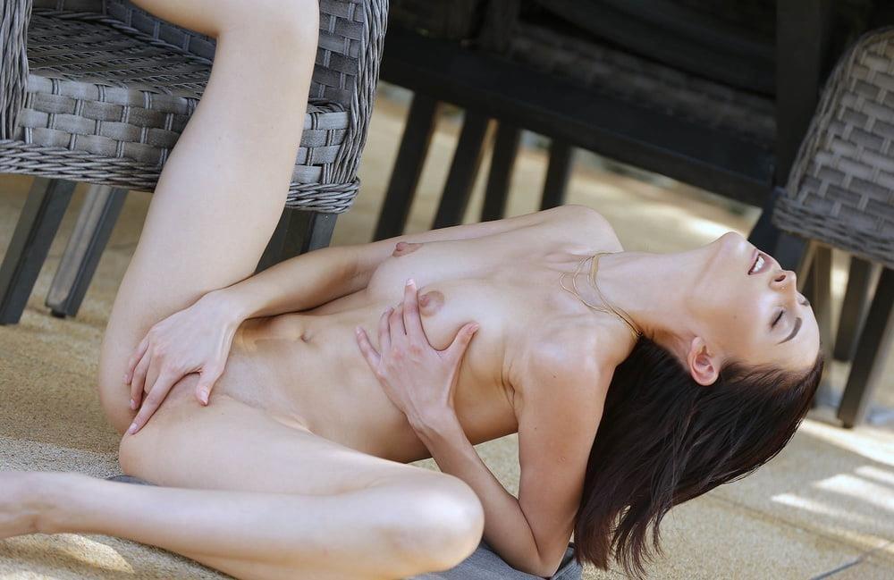 Self nude girl-8576