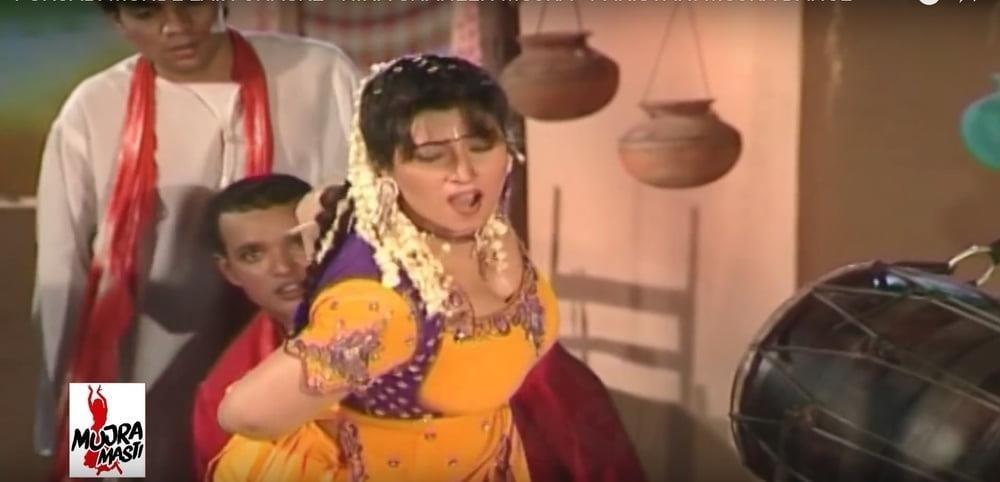 Hina shaheen full sexy mujra-8210